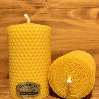 Gerollte Bienenwachskerze 10cm 6cm