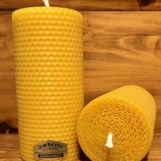 Gerollte Bienenwachskerze 15cm 7cm